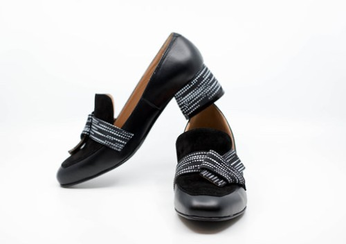 """Elegantiški bateliai """"Juodoji klasika"""""""